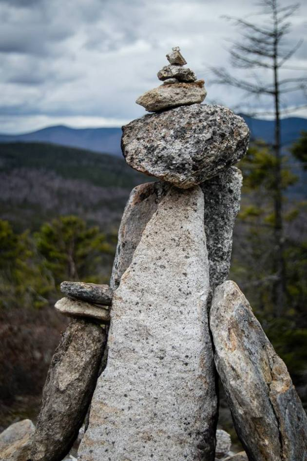 Cairn in Welch and Dickey col